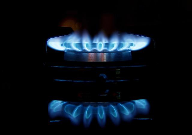 ガス vs. IH あなたはどちら派?